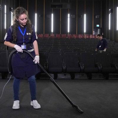 Cleaning nelle sale cinematografiche