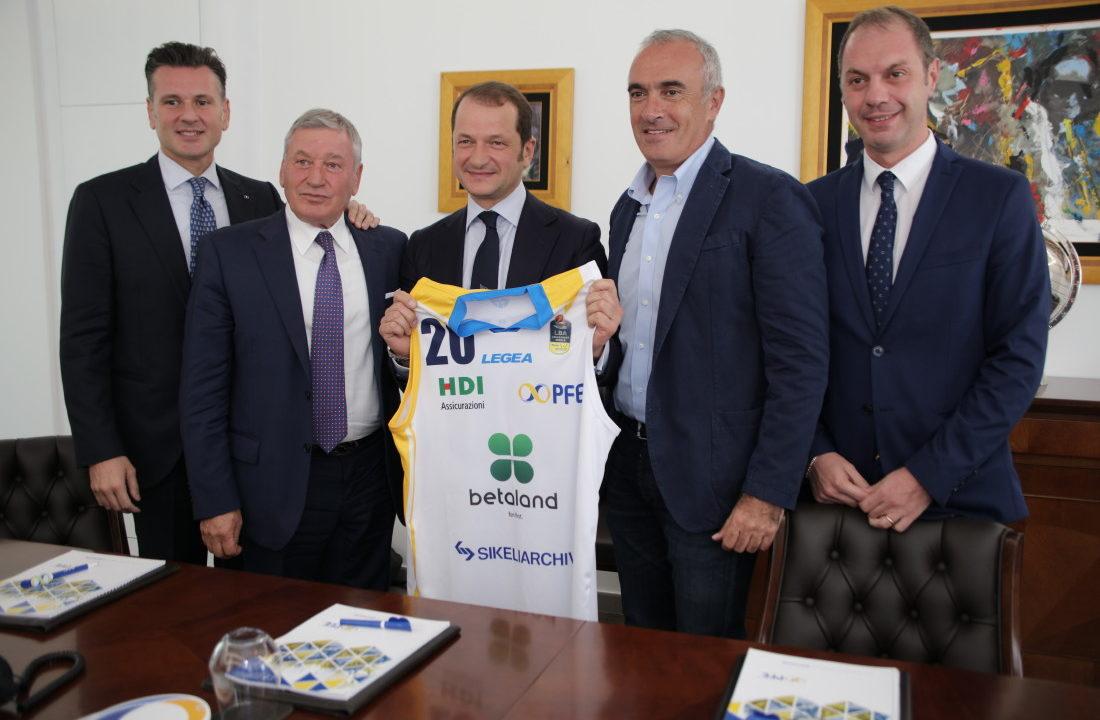 PFE S.p.A. e Orlandina Basket: una partnership sui valori dello sport e del territorio.